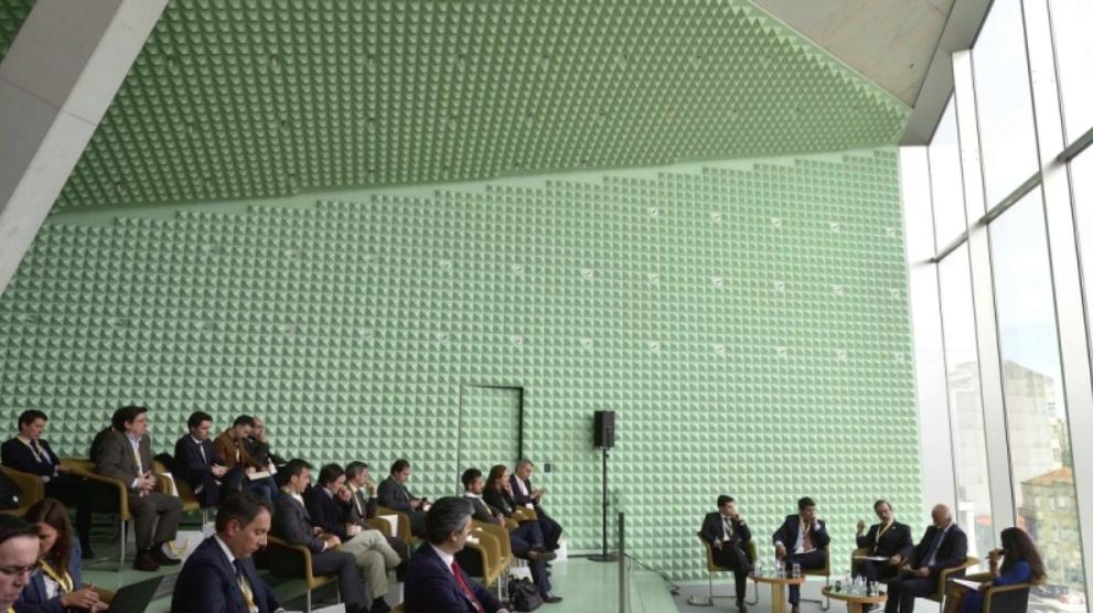 """Miguel Rodrigues no debate """"Descentralização das competências do Estado"""""""