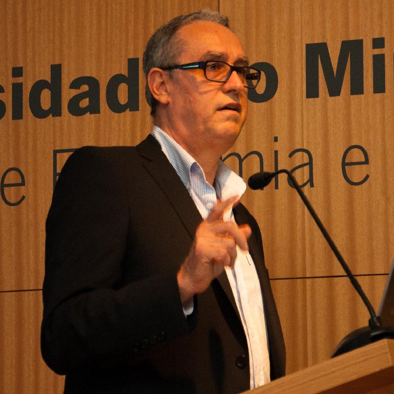 http://cicp.eeg.uminho.pt/wp-content/uploads/2020/05/Joaquim-Filipe-Araújo.png